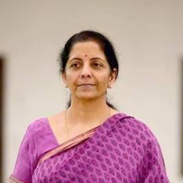 निर्मला सीतारामन; पहिल्या 'स्वतंत्र' महिला संरक्षण मंत्री