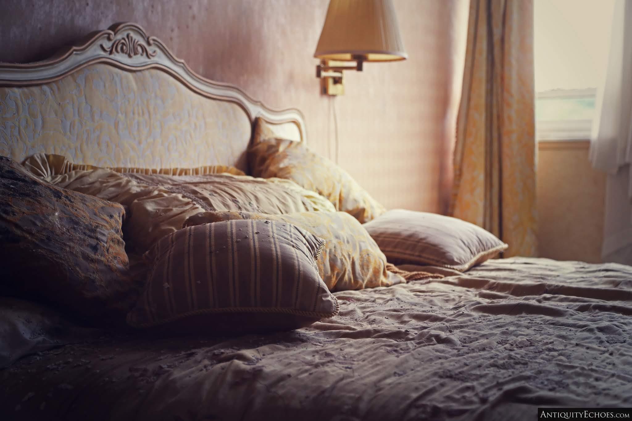 Nevele Grande - Master Bedroom