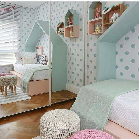 quarto para menina azul e branco , cama casinha