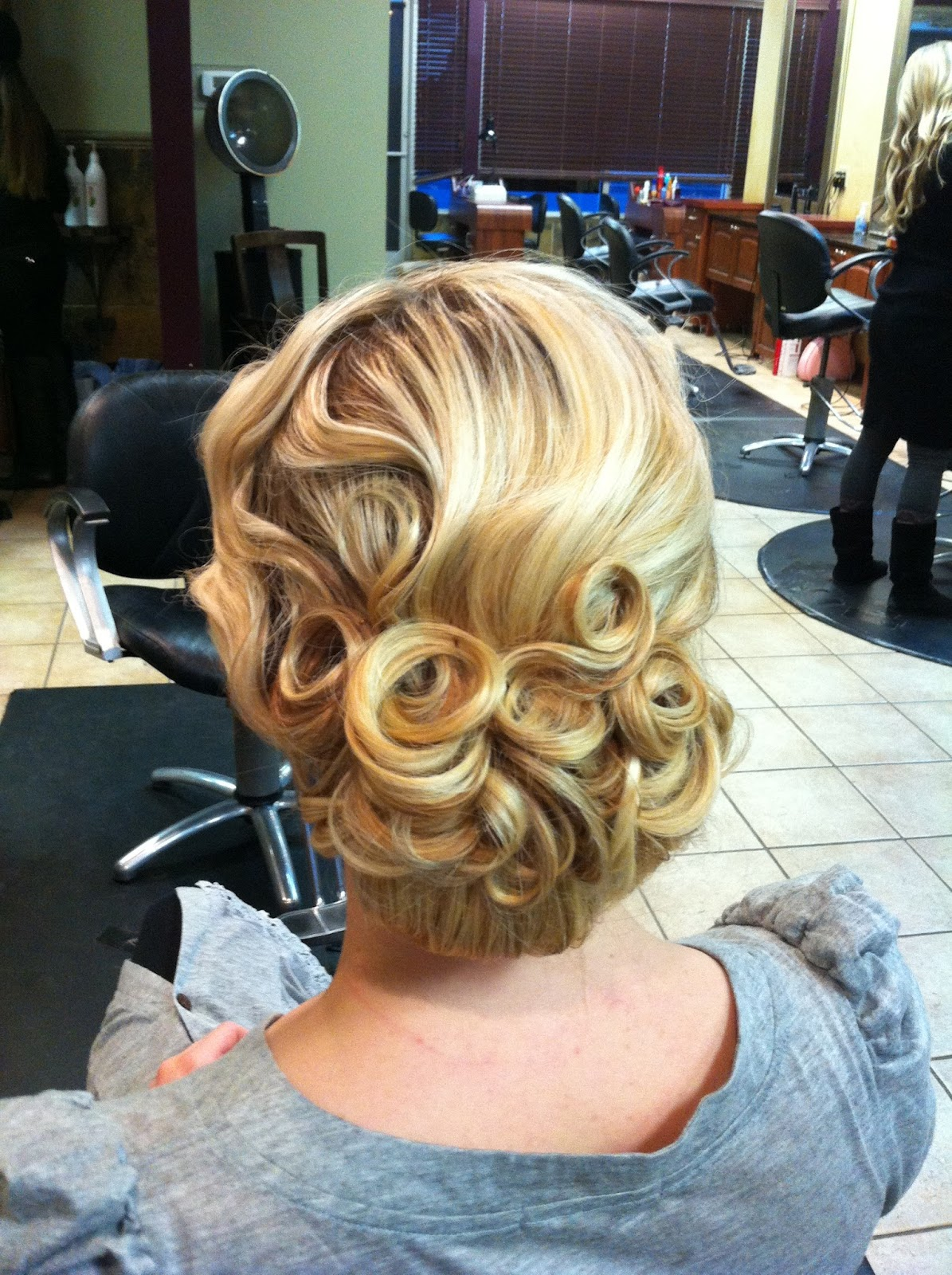 Awesome 1000 Images About Wedding Hairstyles On Pinterest Pin Curls Hairstyles For Women Draintrainus