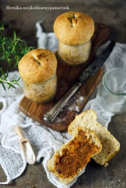 buleczki, sloik, pieczywo, chleb, drozdze, bernika, kulinarny pamietnik, sniadanie