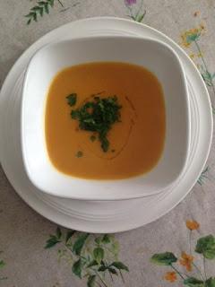 Presentación puré de calabaza al curry