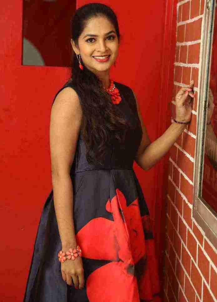 Beautiful Telugu Girl Madhumitha Long Hair In Mini Blue Top