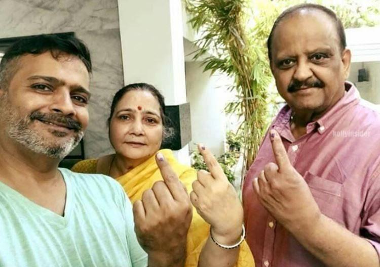 SP Balasubrahmanyam , wife and son SP Charan