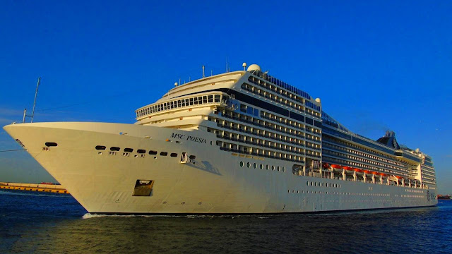 """Εκτάκτως στο Ναύπλιο λόγω """"Ξενοφώντα"""" το κρουαζιερόπλοιο MSC POESIA"""