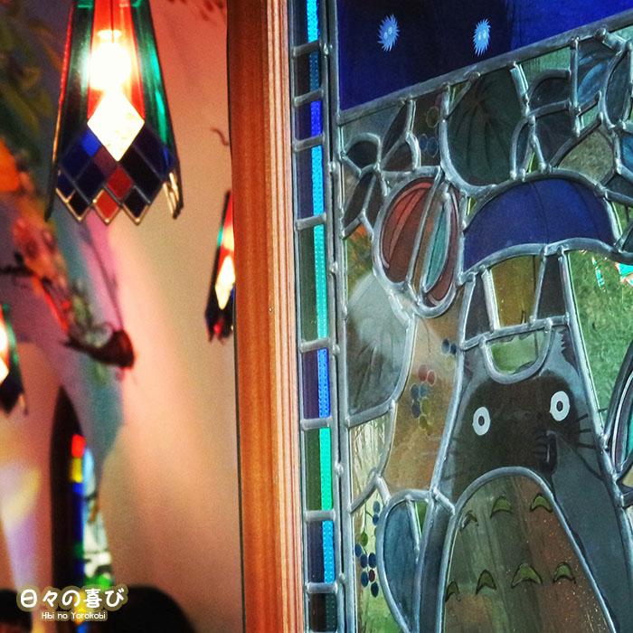 vitrail accueil totoro musee ghibli mitaka tokyo
