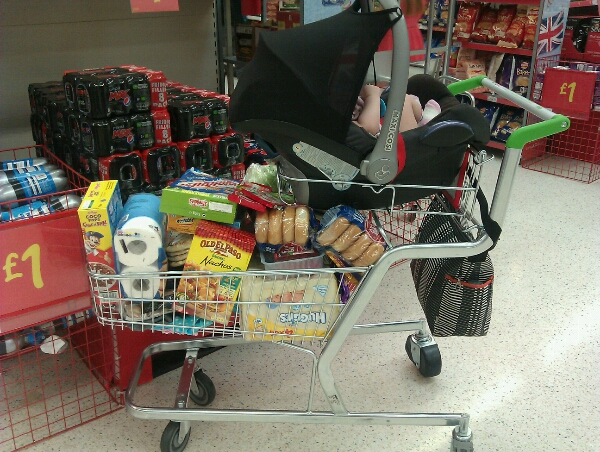 The Car Seat Becomes Trolley IMG