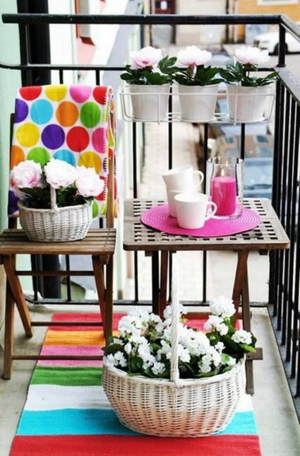 Tips For Decorating Small Balconies On a Budget 4