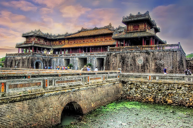 Top 8 Nice Places to Visit in Vietnam hue