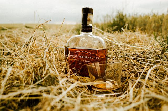 Die Gewinner stehen fest, die Rezepte sind gemixed. Woodford Reserve Bourbon Cocktail Rezepte