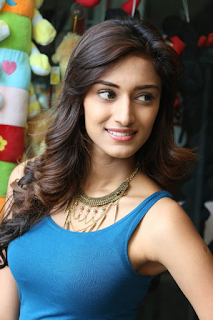 Beautiful Erica Fernandes Hd Wallpapers7.png