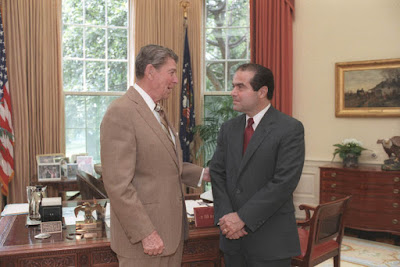US President Ronald Reagan and Antonin Scalia (right) on July 7, 1986