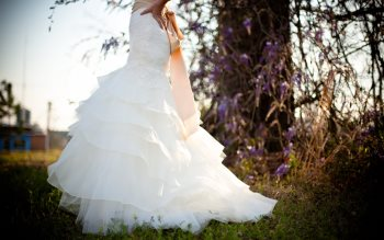 Wallpaper: Bride White Wedding Dress