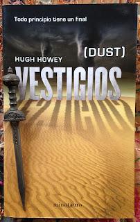 Portada del libro Vestigios, de Hugh Howey