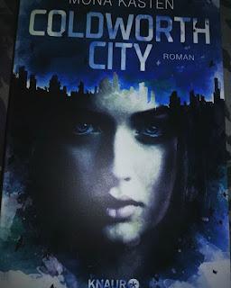 """Rezension """"Coldworth City"""" von Mona Kasten"""