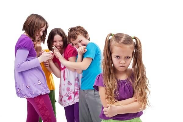 glume rautacioase elev umilinta copii adolescenti
