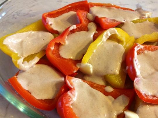 La Chicchina: Peperoni al forno (con panna e acciughe)