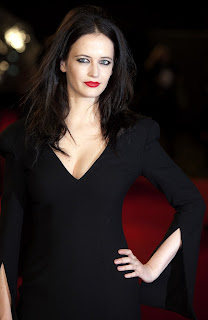 Eva Green Cat Walk On Red Carpet