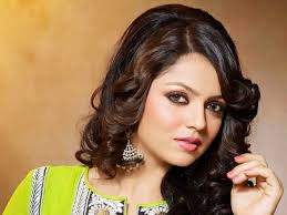 Tv actress Drashti Dhami salary, salary pay per Show, she is Highest Paid in 2016 top 10 list