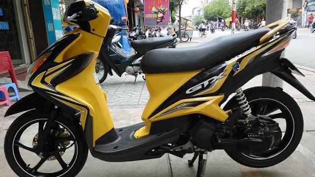 Sơn xe Luvias 2013 màu vàng đen zin cực đẹp