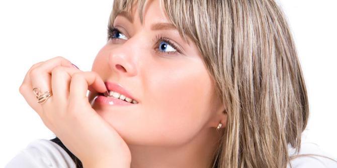 10 Kebiasaan buruk Mempengaruhi Penampilan serta Kecantikan Anda
