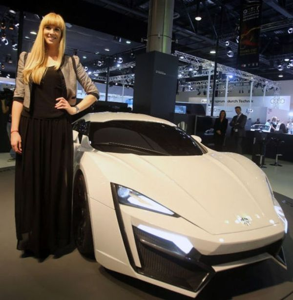 2030 Bugatti Veyron: LykanHyperSport: The New Most Expensive Car In The World