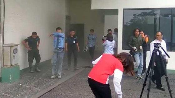 Video Detik-Detik Kebakaran Gedung DPR