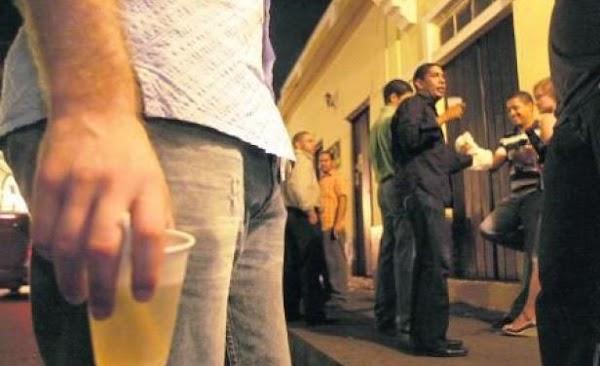 Hombres necesitan salir con amigos dos veces por semana por su salud:Revela estudio del Reino Unido.