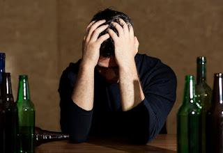 Sufrir la resaca de cerveza