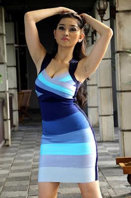Ririn Setyarini artis seksi anugerah skrin 2014