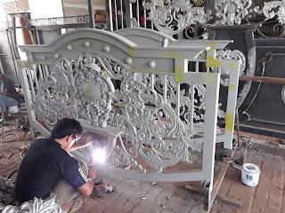 Pembuatan Pagar Besi Tempa Klasik Bandung