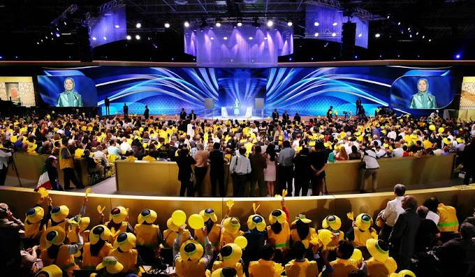 Iranian dissidents call for regime change