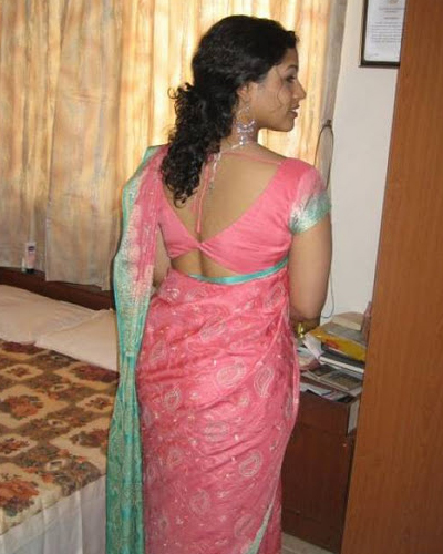 Real Indian Desi Aunty Back Show Photograph
