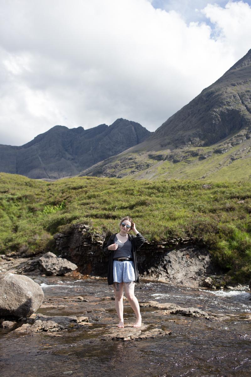 fairy pools scotland isle of skye british uk fashion blogger