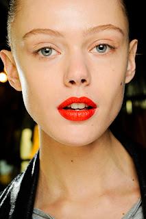 7 Τάσεις για το μακιγιάζ του Φθινοπώρου από τη Roseline's Beauty