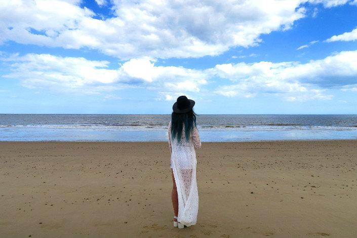 boho beach style white lace kimono @ hayleyeszti