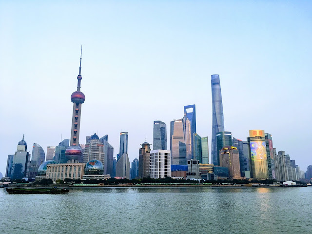 Shanghai-city Of China For Business And Travel