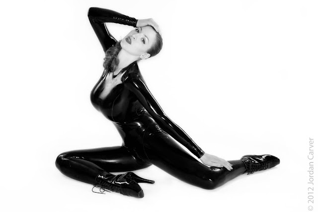 Jordan-Carver-Sandine-Hot-Photoshoot-in-Catsuit-35637