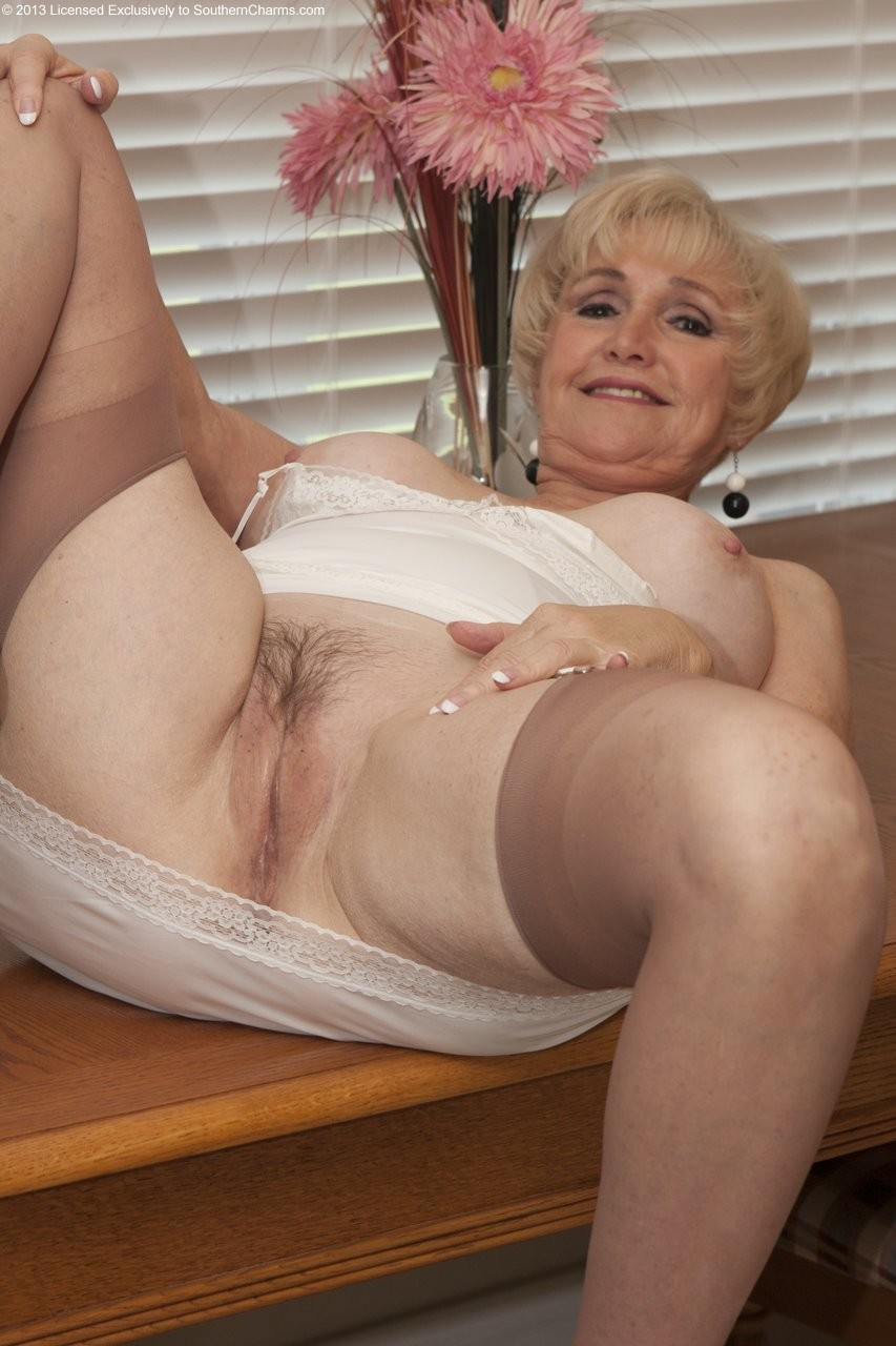 Older Women Archive  Blogspot  Com Photo Sets 17-4854