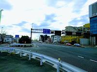 六郷橋道路側