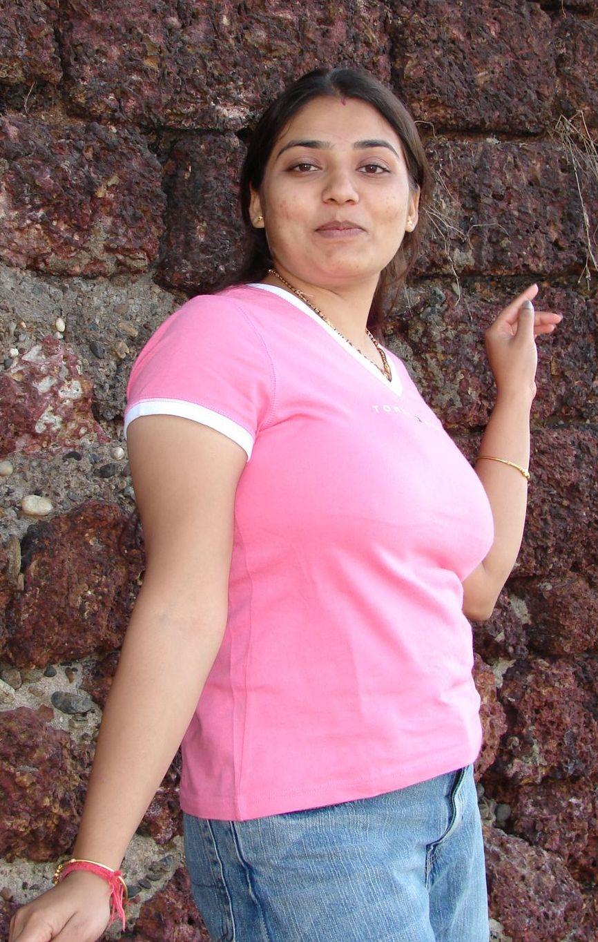 Abu dhabi girl