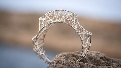 Art bracelet, modern bangle