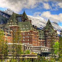Popular Interesting Attractions In Canada