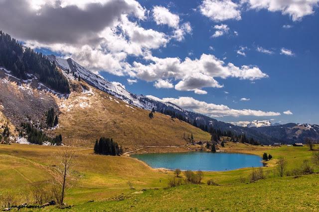 Lac des Confins, Massif des Aravis, Alpes, France