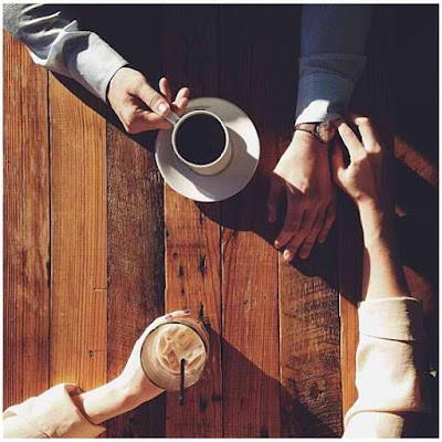 Cerpen: Kepada Mr. Coffe Colored Eyes di Tempat oleh Ningspara. Cerita pendek tentang kopi dan mengagumi seseorang