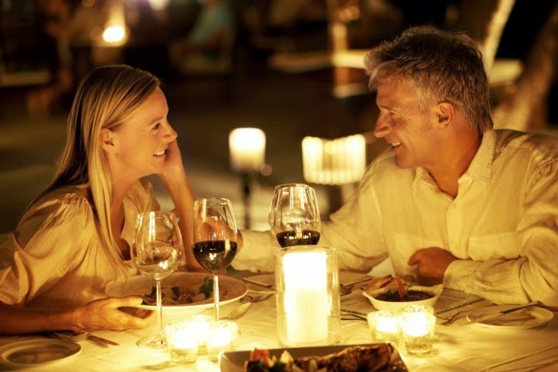 Candle lite Dinner to Make Romantic Moment