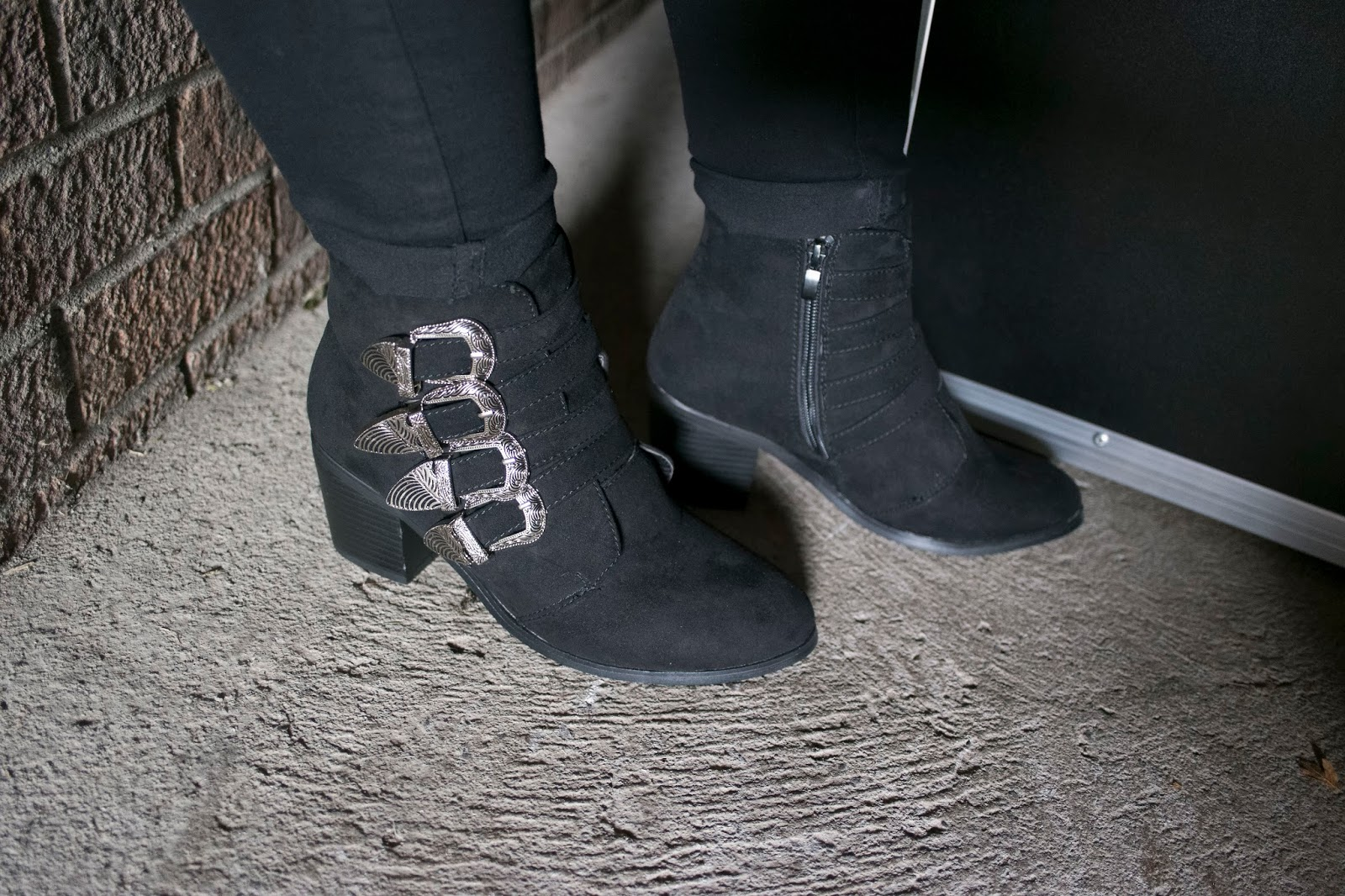 All Black Everything |    LOTD Haul  eyelinerflicks.com  Black Western Style Buckle Boots