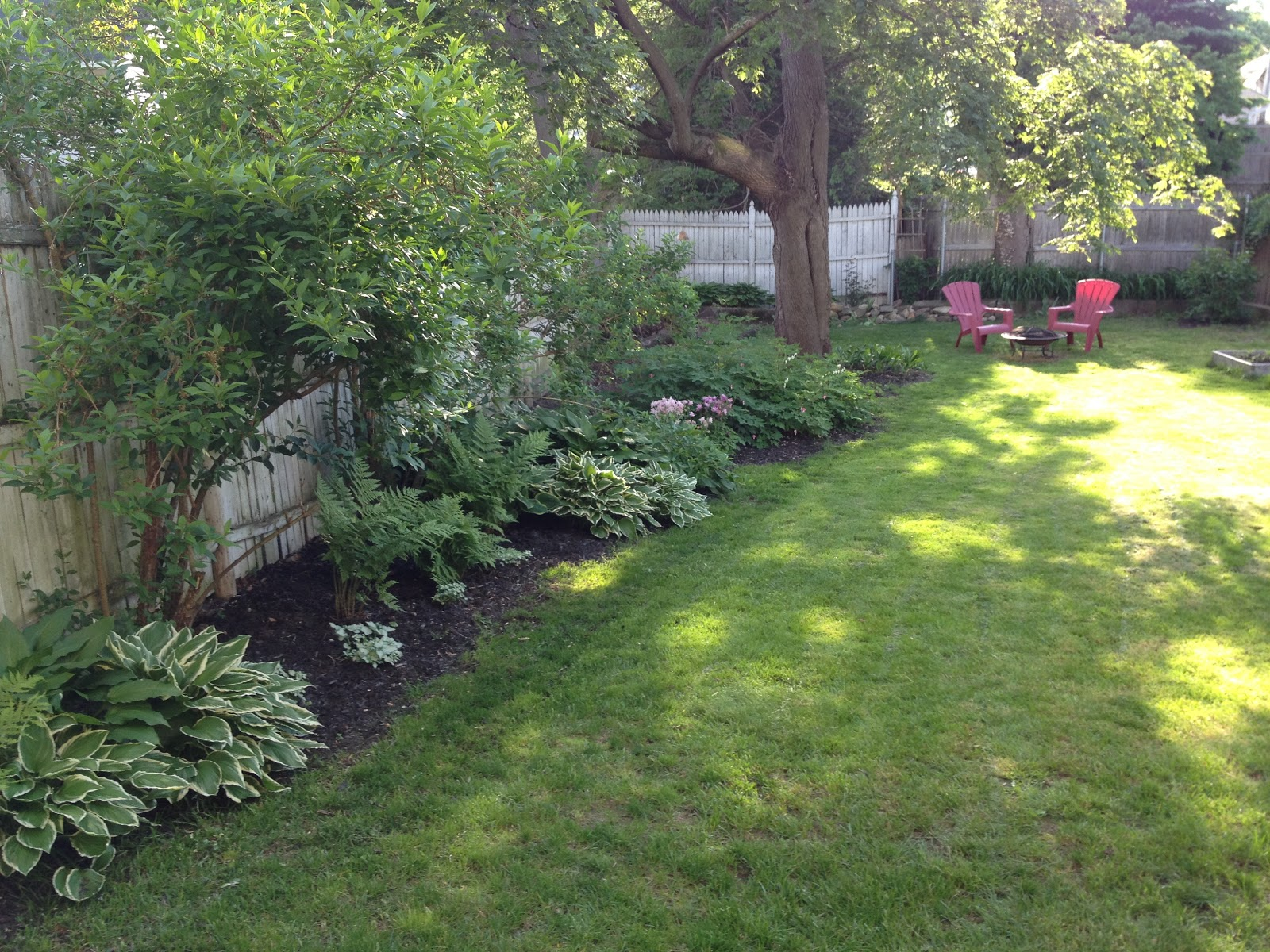 loft & cottage: a very unglamorous house project weekend on Backyard Landscaping Along Fence id=58511
