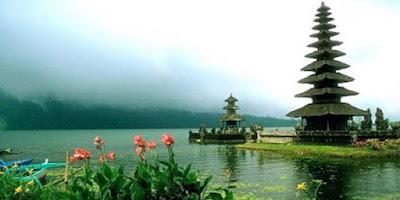 Tak Hanya Unik! Ternyata 3 Wisata Indonesia Ini Buat Bangga Lho