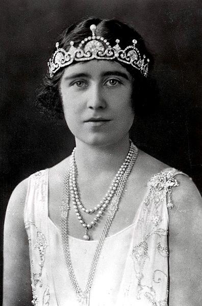 queen mum Papyrus Tiara